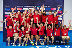 Great Britain team members celebrate winning the diving best team during day eleven of the 2018 European Championships at the Royal Commonwealth Pool, Edinburgh. PRESS ASSOCIATION Photo. Picture date: Sunday August 12, 2018. See PA story DIVING European. Photo credit should read: Ian Rutherford/PA Wire. RESTRICTIONS: Editorial use only, no commercial use without prior permission