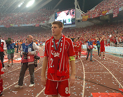 Athens, Greece - Wednesday, May 23, 2007: Liverpool's Steven Gerrard lookd dejected after losing 2-1 AC Milan during the UEFA Champions League Final at the OACA Spyro Louis Olympic Stadium. (Pic by Jason Roberts/Propaganda)