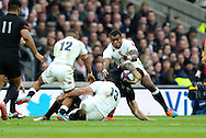 England's Semesa Rokoduguni helps tackle New Zealand's Sonny Bill Williams - QBE Autumn Internationals - England vs New Zealand - Twickenham Stadium - London - 08/11/2014 - Pic Charlie Forgham-Bailey/Sportimage
