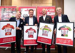 10.05.2019, Linz, AUT, Österreich Radrundfahrt 2019, Streckenpräsentation, im Bild v.l. Dir. Harald Mayer, (ÖRV Präsident), Franz Steinberger (Ö-Tour Direktor), Gerald Pototschnig (ÖRV Vizepräsident), Jürgen Brettschneider (ÖRV Vizepräsident) mit den Führungstrikots // during the Stage Presentation of the Tour of Austria 2019. Linz, Austria on 2019/05/10. EXPA Pictures © 2019, PhotoCredit: EXPA/ Reinhard Eisenbauer