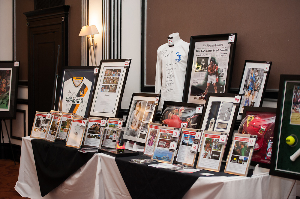 Simon Grayson Charity Ball - Prostate Cancer UK - Lee Mitchell Professional Photographer of LMX Creative. Clients include JMW Motorsport, United Autosports, JCT600 Ferrari, JCT600 Aston Martin, JCT600 Maserati. Specialising in high end prestige commercial photography and the supply of stock syndicated photography for commercial and marketing use.