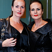 NLD/Amsterdam/20100901 - Opening Louis Vuitton instore in de Bijenkorf, Ans Markus en dochter Sigrid
