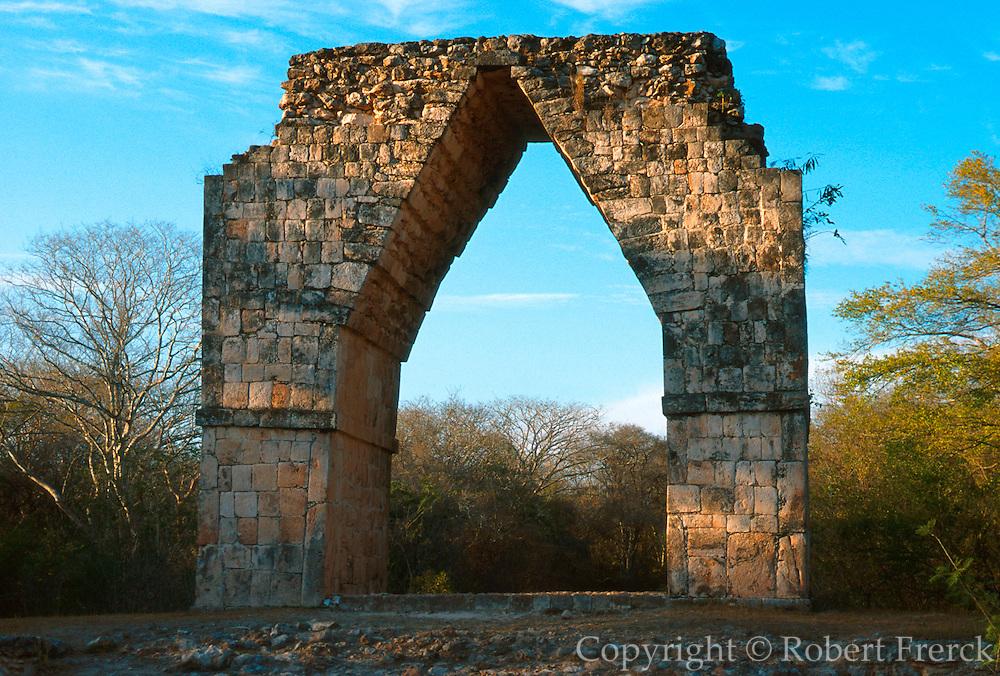 MEXICO, MAYAN, YUCATAN Kabah; corbeled arch