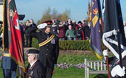Prinz Harry bei einer Gedenkveranstaltung am National Memorial Arboretum in Alrewas / 111116<br /> <br /> *** Prince Harry attends Armistice Day service on Armed Forces Memorial at the National Memorial Arboretum, Staffordshire on Friday 11th November, 2016. ***