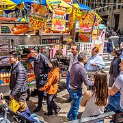 Lunch time crowd. 6th ave. and 49th street, New York. April 26, 2018. #photoobserve #canpubphoto #in_public_collective #in_public_sp #observecollective #lensculturestreets#everybodystreet #streetlife_award#burnmyeye #streetsgrammar#nycspc#streetphotography#newyorkcity#streetleaks#wearethestreet#ourstreets#storyofthestreet#cityclickr#scotsurbeckphotographer