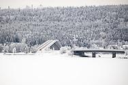 ÖSTERSUND 20191226<br /> Vallsundsbron mellan Frösön och Valla  på Annandag jul.<br /> <br /> Foto: Per Danielsson/Projekt.P