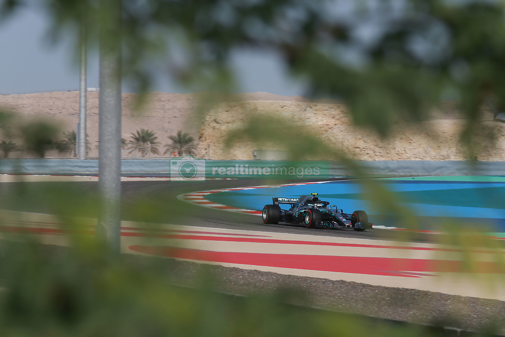 April 7, 2018 - Sakhir, Bahrain - Motorsports: FIA Formula One World Championship 2018, Grand Prix of Bahrain,#77 Valtteri Bottas (FIN, Mercedes AMG Petronas) (Credit Image: © Hoch Zwei via ZUMA Wire)