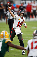 Tampa Bay Buccaneers quarterback Tom Brady (12) looks to pass against the Green Bay Packers during an NFL football game Sunday, Oct. 18, 2020, in Tampa, Fla.<br /> <br /> ( Tom DiPace via AP)