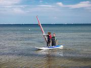 Plaża w Sopocie, nauka windsurfingu