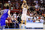 DESCRIZIONE : Forli DNB Final Four 2014-15 Npc Rieti BCC Agropoli<br /> GIOCATORE : Andrea Colantoni<br /> CATEGORIA : tiro three points<br /> SQUADRA : Npc Rieti<br /> EVENTO : Campionato Serie B 2014-15<br /> GARA : Npc Rieti BCC Agropoli<br /> DATA : 13/06/2015<br /> SPORT : Pallacanestro <br /> AUTORE : Agenzia Ciamillo-Castoria/M.Marchi<br /> Galleria : Serie B 2014-2015 <br /> Fotonotizia : Forli DNB Final Four 2014-15 Npc Rieti BCC Agropoli