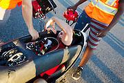 Todd Reichert in de Eta tijdens de vijfde racedag. In Battle Mountain (Nevada) wordt ieder jaar de World Human Powered Speed Challenge gehouden. Tijdens deze wedstrijd wordt geprobeerd zo hard mogelijk te fietsen op pure menskracht. Het huidige record staat sinds 2015 op naam van de Canadees Todd Reichert die 139,45 km/h reed. De deelnemers bestaan zowel uit teams van universiteiten als uit hobbyisten. Met de gestroomlijnde fietsen willen ze laten zien wat mogelijk is met menskracht. De speciale ligfietsen kunnen gezien worden als de Formule 1 van het fietsen. De kennis die wordt opgedaan wordt ook gebruikt om duurzaam vervoer verder te ontwikkelen.<br /> <br /> In Battle Mountain (Nevada) each year the World Human Powered Speed Challenge is held. During this race they try to ride on pure manpower as hard as possible. Since 2015 the Canadian Todd Reichert is record holder with a speed of 136,45 km/h. The participants consist of both teams from universities and from hobbyists. With the sleek bikes they want to show what is possible with human power. The special recumbent bicycles can be seen as the Formula 1 of the bicycle. The knowledge gained is also used to develop sustainable transport.