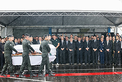 CHAPECO (BRAZIL), Dec. 3, 2016 (Xinhua) -- Photo provided by Brazil's Presidency shows Brazilian President Michel Temer (C) receiving caskets of the members of the Brazilian soccer team Chapecoense who were killed in an air crash in Colombia, at the Chapeco Airport in Chapeco, Brazil, on Dec. 3, 2016. (Xinhua/Brazil's Presidency/Beto Barata) (Credit Image: © Brazil'S Presidency/Xinhua via ZUMA Wire)