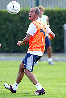 Fotball<br /> Italia 2004/05<br /> Treningsleir Lazio<br /> Foto: Digitalsport<br /> NORWAY ONLY<br /> Paolo Di Canio