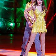NLD/Hilversum/20130105 - 2de Liveshow Sterren Dansen op het IJs 2013, Andy van der Meyde en danspartner Alice Velati