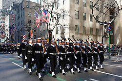 Participants perform as they march up the Fifth Avenue during the 255th St. Patrick's Day parade in New York, the United States on March 17, 2016. Hundreds of thousands of people gathered alongside New York's Fifth Avenue to watch the St. Patrick's Day Parade here on Thursday. EXPA Pictures © 2016, PhotoCredit: EXPA/ Photoshot/ Li Muzi<br /> <br /> *****ATTENTION - for AUT, SLO, CRO, SRB, BIH, MAZ, SUI only*****