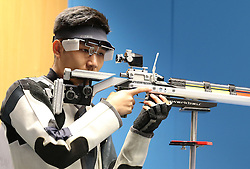 05.09.2015, Olympia Schiessanlage Hochbrueck, Muenchen, GER, ISSF World Cup 2015, Gewehr, Pistole, Herren, 10 Meter Luftgewehr, im Bild Haoran Yang (CHN) // during the men's 10M air rifle competition of the 2015 ISSF World Cup at the Olympia Schiessanlage Hochbrueck in Muenchen, Germany on 2015/09/05. EXPA Pictures © 2015, PhotoCredit: EXPA/ Eibner-Pressefoto/ Wuest<br /> <br /> *****ATTENTION - OUT of GER*****