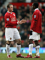 Photo: Paul Thomas.<br /> Manchester United v Charlton Athletic. The Barclays Premiership. 10/02/2007.<br /> <br /> Wayne Rooney (L) and Louis Saha of Man Utd talk tactics.