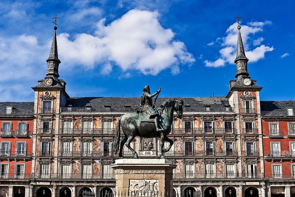 Statue of King Philip III on horseback, Plaza Mayor, Madrid, Spain