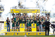 Picture by Andrew Tobin/Focus Images Ltd +44 7710 761829.25/05/2013 Leicester lift the trophy after beating Northampton during the Aviva Premiership match at Twickenham Stadium, Twickenham.