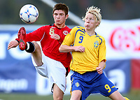 Fotball , 23. september 2008 , privatkamp , G15 , Norge - Sverige 3-3<br /> Valon Berisha , Norge og Egersund og Jacob Ericsson , Sverige og Carlstad