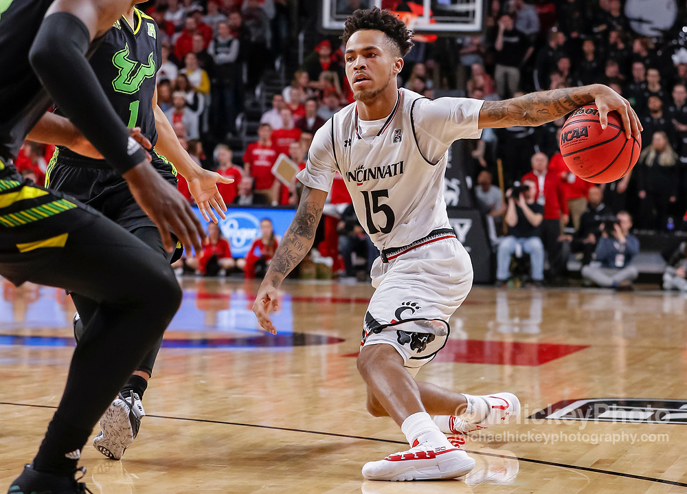 CINCINNATI, OH - JANUARY 15: Cane Broome #15 of the Cincinnati Bearcats dribbles the ball during the second half of the game against the South Florida Bulls at Fifth Third Arena on January 15, 2019 in Cincinnati, Ohio. (Photo by Michael Hickey/Getty Images) *** Local Caption *** Cane Broome