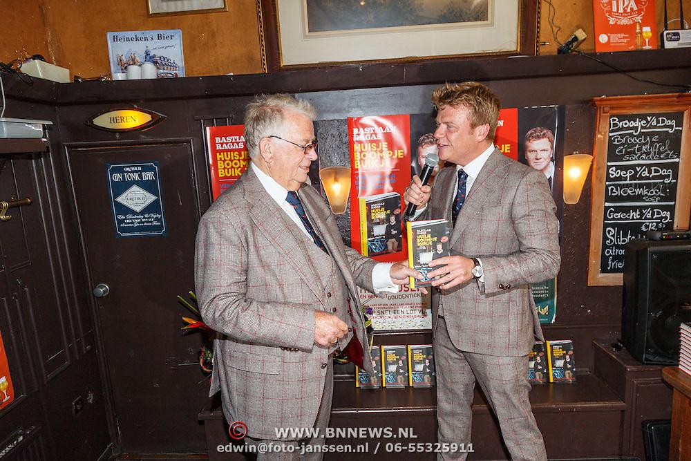 NLD/Amsterdam/20150526 - Boekpresentatie Huisje, Boompje, Buikje van Bastiaan Ragas, met vader Ben Ragas