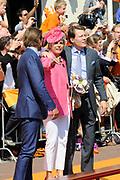 Koninginnedag 2011 in de Limburgse plaats Weert // Queen's Day 2011 in the southern of Holland ( Limburg). The Royal family is visiting the city of Weert.<br /> <br /> Op de foto / On the photo: Prins Bernhard , Prinses Laurentien en Prins Constantijn