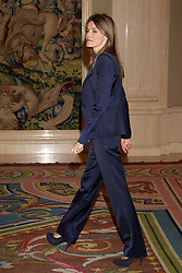 27.09.2010, La Zarzuela Palace, Madrid, ESP, Princess Letizia hearings at La Zarzuela Palace, im Bild Princess Letizia attended an audience to a representation of Coca Cola Foundation patronage, at Zarzuela Palace in Madrid. EXPA Pictures © 2010, PhotoCredit: EXPA/ Alterphotos/ Cesar Cebolla +++++ ATTENTION - OUT OF SPAIN / ESP +++++