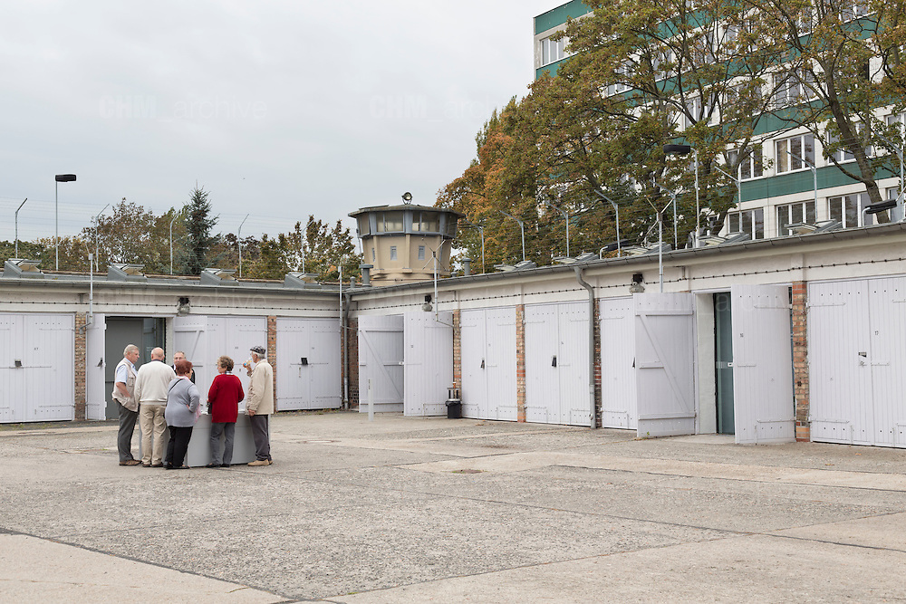 L'ingresso dell'ex carcere della Stasi. Berlino, Germania, 8 ottobre 2014. Guido Montani / OneShot<br /> <br /> The entrance of the former Stasi prison. Berlin, Germany, 8 october 2014. Guido Montani / OneShot
