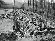 World War I 1914-1918: German machine gun battery defending their position at Darkehmen against the Russian  Russian Tenth army annihilated in Battle of the Mazurian Lakes 7-16 February 1915.  Military, Weapon, Automatic