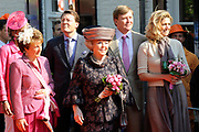 Koninginnedag 2011 in het  Limburgse plaatsjeThorn (witte dorp) // Queen's Day 2011 in the southern of Holland ( Limburg). The Royal family is visiting the small white village Thorn.<br /> <br /> Op de foto / On the photo: The Royal Dutch Family - Prinses Magriet en Mr. Pieter van Vollenhoven , Koningin Beatrix / Queen Beatrix , Princes Maxima and Prince Willem Alexander , Prinses Laurentien en Prins Constantijn