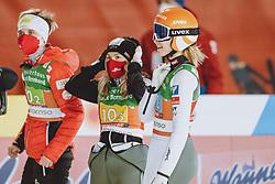 26.02.2021, Oberstdorf, GER, FIS Weltmeisterschaften Ski Nordisch, Oberstdorf 2021, Damen, Skisprung, HS106, Teambewerb, im Bild Sophie Sorschag (AUT), Chiara Hoelzl (AUT), Marita Kramer (AUT) // Sophie Sorschag of Austria Chiara Hoelzl of Austria Marita Kramer of Austria during women ski Jumping HS106 Team Competition of FIS Nordic Ski World Championships 2021. Oberstdorf, Germany on 2021/02/26. EXPA Pictures © 2021, PhotoCredit: EXPA/ JFK