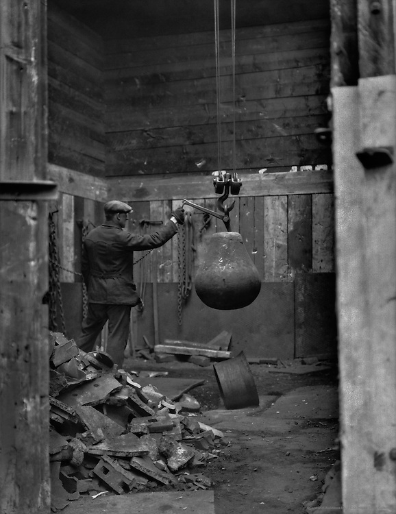 Drop weight for breaking pig and scrap iron, Germany, 1929