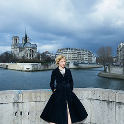 Paris, France. february 24, 2017. Sylvia Whitman, posing on the Pont de la Tournelle. Photo: Antoine Doyen