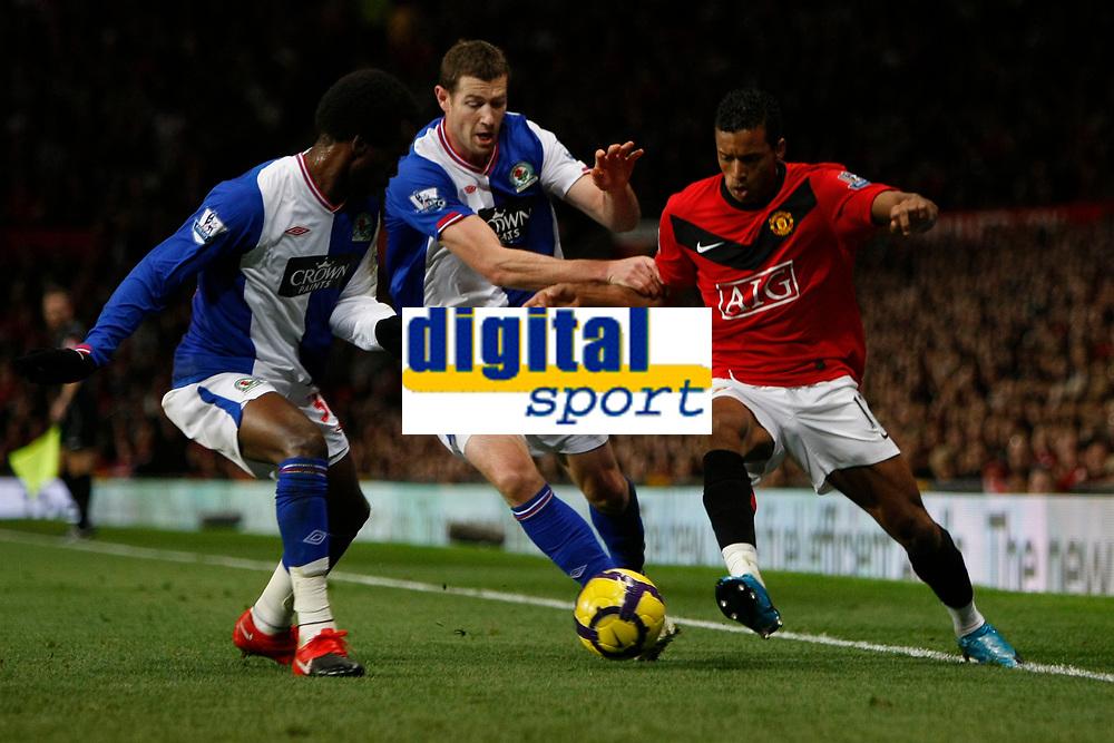 Photo: Steve Bond/Richard Lane Photography. Manchester United v Blackburn Rovers. Barclays Premiership 2009/10. 31/10/2009. Nani (r) attacks Pascal Chimbonda (L) and Brett Emerton (C)