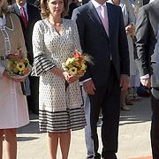 NLD/Woudrichem/20070430 - Koninginnedag 2007, prinses Annet Sekreve en partner prins Bernhard Jr.