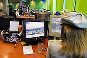 Nederland, Eindhoven, 23-3-2007..Productieruimte van spelletjesproducent Zylom. Vrouw werkt aan een spelletje...Foto: Flip Franssen/Hollandse Hoogte