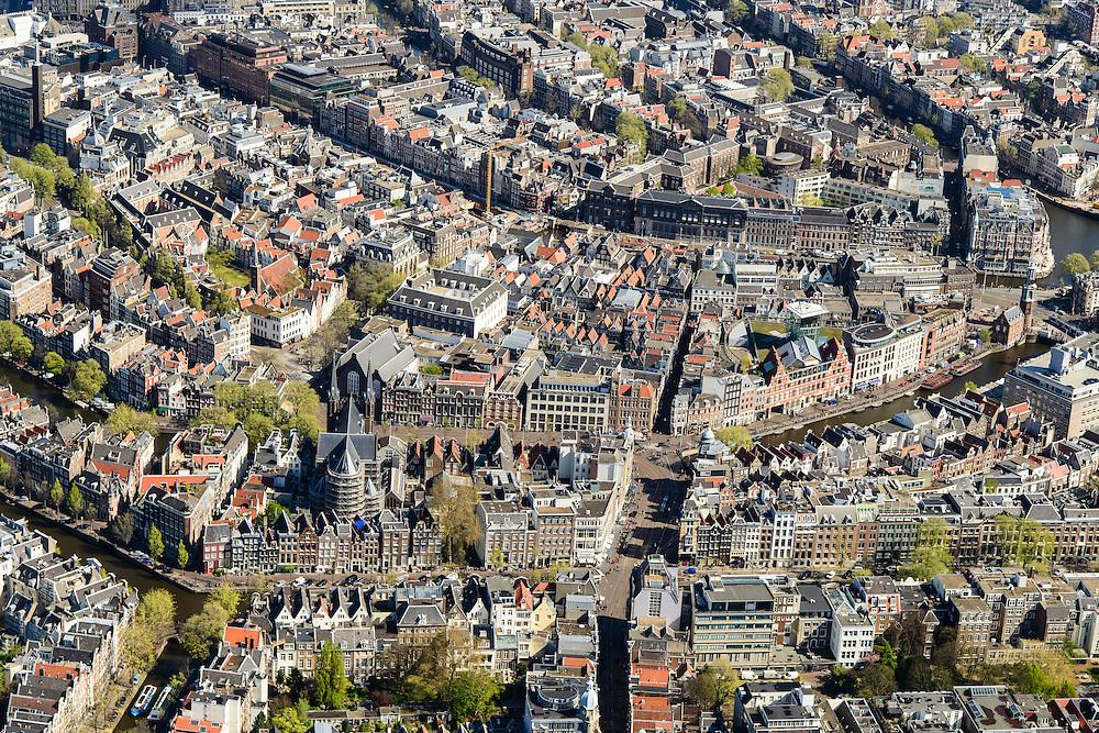 Nederland, Noord-Holland, Amsterdam, 09-04-2014; <br /> Binnenstad en grachtengordel, Leidsestraat en Koningsplein. Rechts Singel met winkelcentrum De Kalvertoren, verder de Munt en de Amstel.<br /> Bouwwerkzaamheden in verband d met de Noord-Zuidljin aan het Rokin, boven in beeld.<br /> Detail center of Amsterdam and canals. The river Amstel right.<br /> luchtfoto (toeslag op standard tarieven);<br /> aerial photo (additional fee required);<br /> copyright foto/photo Siebe Swart