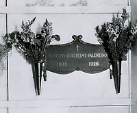 1926 Rodolpho Guglielmi Valentino's crypt at the Hollywood Forever Cemetery