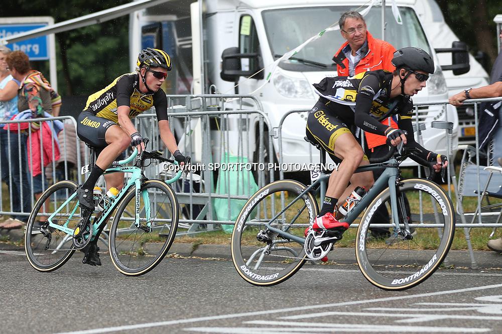 25-06-2017: Wielrennen: NK weg elite: Montferland<br />s-Heerenberg (NED) wielrennen<br />NK Wielrennen Elite  <br />Lars van der Haar, Koen Bouwman