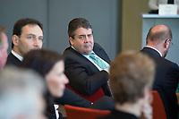 06 APR 2014, BERLIN/GERMANY:<br /> Sigmar Gabriel, SPD Parteivorsitzender und Bundeswirtschaftsminister, SPD-Regierungskonferenz, Akademie der Künste<br /> IMAGE: 20140406-01-144