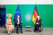 BERLIJN, 06-07-2021, Bundestag<br /> <br /> Koning Willem Alexander en Koningin Maxima tijdens het Staatsbezoek aan Duitsland. Het bezoek aan Berlijn vormt de afronding van een reeks deelstaatbezoeken die het Koninklijk Paar sinds 2013 aan Duitsland heeft gebracht. <br /> FOTO: Brunopress/Patrick van Emst<br /> <br /> King Willem Alexander and Queen Maxima during the state visit to Germany. The visit to Berlin concludes a series of state visits that the Royal Couple has made to Germany since 2013. FOTO: Brunopress/Patrick van Emst<br /> <br /> Op de foto / On the photo: Koningspaar bezoekt De bondsdag. Het Duitse parlement wordt voorgezeten door de bondsdagpresident Wolfgang Schauble /// The royal couple visits The Bundestag. The German parliament is chaired by Bundestag President Wolfgang Schauble