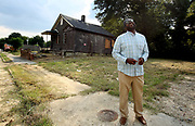 Aug. 26, 2021- Malik Shaw is working to make life better for the residents of the Klondike neighborhood of Memphis, Tennessee. He regularly walks the neighborhood in an effort to get to know the folks who live nearby and see what needs to be done. The mosque also has a food pantry.  (Karen Pulfer Focht/Special To The Daily Memphian)