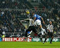 Photo: Andrew Unwin.<br />Newcastle Utd v Birmingham City. The Barclays Premiership. 05/11/2005.<br />Birmingham's Matthew Upson (#5) directs his header towards the goal.