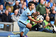 Sergio Aguero of Man city in action. Barclays premier league match, Manchester city v Chelsea at the Etihad stadium in Manchester,Lancs on Sunday 21st Sept 2014<br /> pic by Andrew Orchard, Andrew Orchard sports photography.