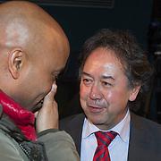 NLD/Hilversum/20131125 - Presentatie deelnemers Songfestival 2014, Humberto Tan in gesprek met Joop Munsterman