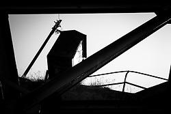 Capodigiano, Basilicata, Italy - The Ghost Dam. La diga di Muro Lucano. L'invaso nasce nell'ambito di un più ampio progetto di politica energetica, messo su da Francesco Saverio Nitti all'inizio del secolo scorso. Tra gli anni 1911 e 1914, volle realizzare la struttura idroelettrica di Muro Lucano e questa ebbe il primo tassello con la costituzione nel 1914 della Società Lucana per le imprese idroelettriche.La diga fu quindi il primo bacino idroelettrico costruito nell'Italia Meridionale ed una delle prime opere in cemento armato in Italia. <br /> La storia della struttura, però, non fu facile, sia sul fronte dell'edificazione dell'impianto sia su quello della strategia energetica degli anni 60-70, tanto che l'impianto fu utilizzato a regime ridotto fino al 23 novembre 1980 anche se la Centrale fu dismessa negli anni '70. Da allora l'impianto è rimasto inutilizzato, fermo e lasciato lì senza intervento di sistemazione.
