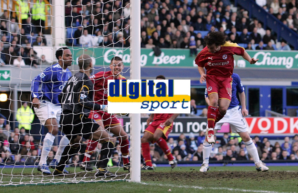 Photo: Paul Thomas.<br /> Everton v Reading. The Barclays Premiership. 14/01/2007.<br /> <br /> Reading's Stephen Hunt (R) heads for goal which comes off (L) to score the opening goal.