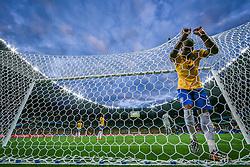 Fernandinho lamenta a derrota de 7 a 1 para a Alemanha na semi-final da Copa do Mundo 2014, no Estádio Mineirão, em Belo Horizonte-MG. FOTO: Jefferson Bernardes/ Vipcomm