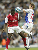 Photo: Aidan Ellis.<br /> Blackburn Rovers v Arsenal. The FA Barclays Premiership. 19/08/2007.<br /> Blackburn's Morten Gamst Pedersen challenges Arsenal's Kolo Toure